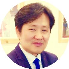 Pastor Je Yong Moon